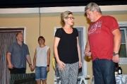 Familienkrach im Doppelhaus_351